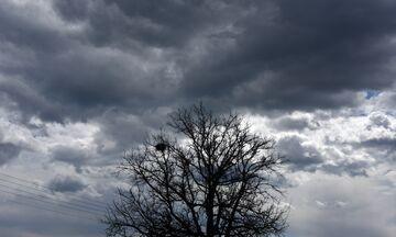 Έκτακτο δελτίο καιρού: Βροχές, καταιγίδες και ισχυροί άνεμοι το Σαββατοκύριακο