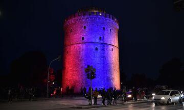 Θεσσαλονίκη: Πορεία και φωταγώγηση του Λευκού Πύργου για τη Γενοκτονία των Αρμενίων (pics)
