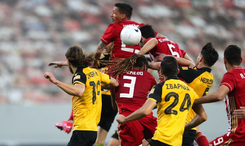 Ολυμπιακός - ΑΕΚ: Το ακυρωθέν γκολ του Σεμέδο (vid)