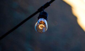 ΔΕΔΔΗΕ: Διακοπή ρεύματος σε Γλυφάδα, Ελληνικό, Περιστέρι