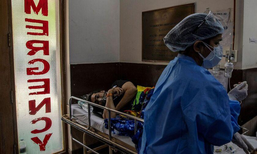 Ινδία: Νέο ρεκόρ κρουσμάτων - Εμβολιαστικά κέντρα κλείνουν λόγω έλλειψης εμβολίων