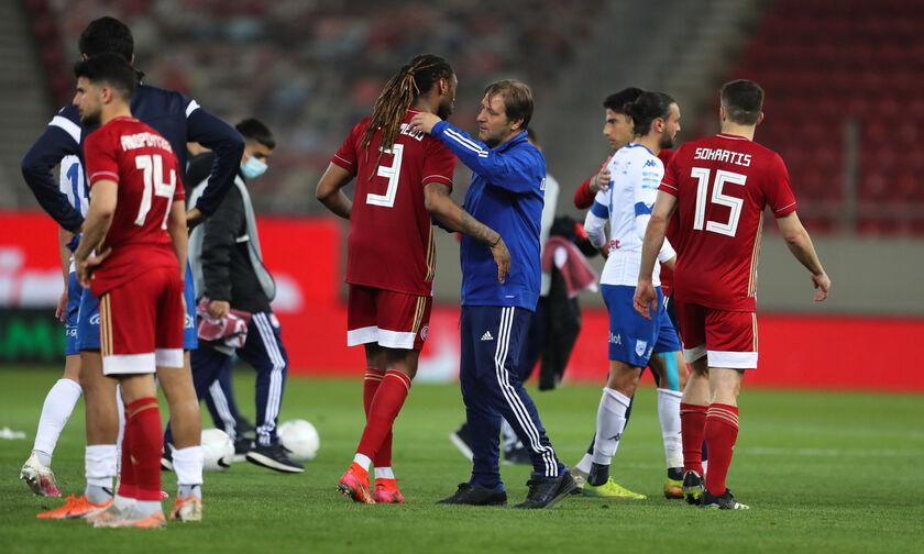 Ολυμπιακός - ΠΑΣ Γιάννινα 3-1: Οι πανηγυρισμοί και τα εύσημα από τον «ερυθρόλευκο» πάγκο (vid)