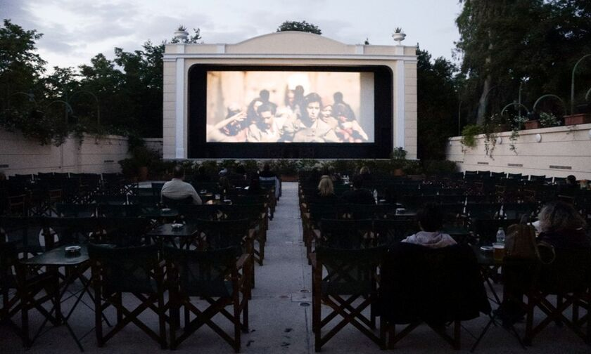 Πότε ανοίγουν μουσεία, κινηματογράφοι - Η πρόταση για συναυλίες, θεατρικές παραστάσεις
