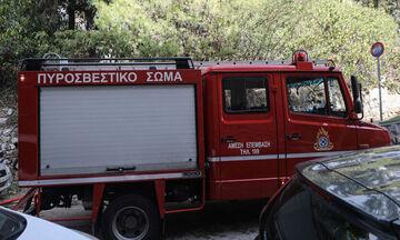 Φωτιά στο Μεσολόγγι έκαψε ήδη τέσσερα σπίτια