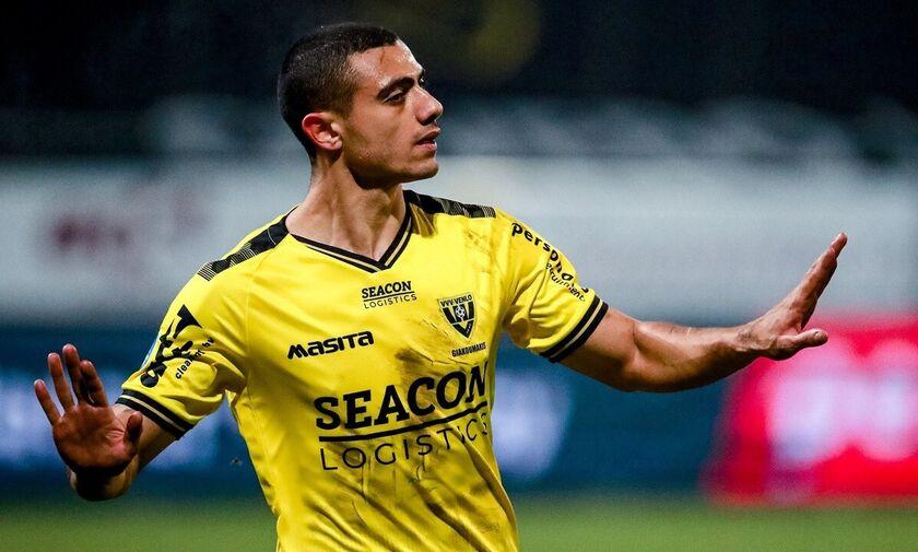 Eredivisie: Παλεύει μόνος του και γράφει ιστορία ο Γιακουμάκης