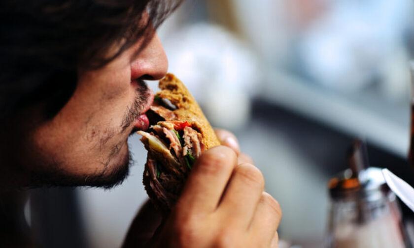 Οι 6 τροφές που προκαλούν δυσκοιλιότητα