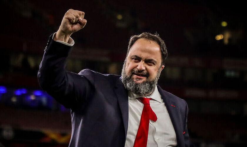 Φιέστα Ολυμπιακού: Μαρινάκης: «Είμαστε πρωταθλητές! 46» (pic)