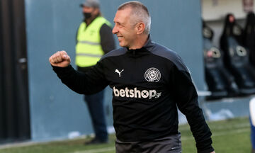 Επίσημο: Προπονητής του ΟΦΗ έως το 2023 ο Νιόπλιας