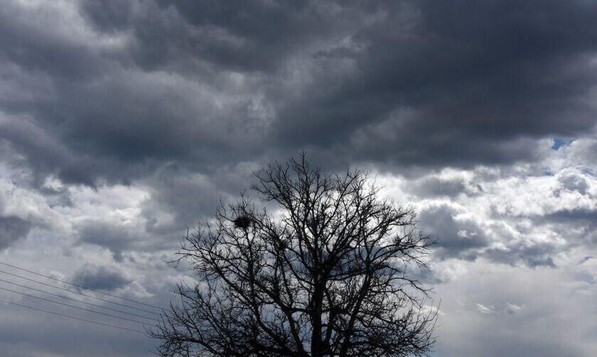 Καιρός: Βροχές, χαλάζι και πτώση της θερμοκρασίας από το Σάββατο (15/5)
