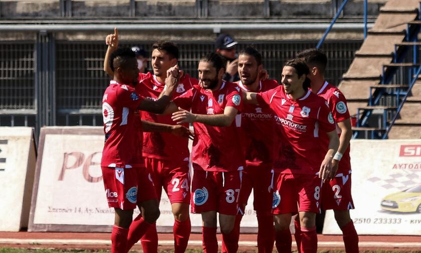 Football League: Στο κόλπο της ανόδου ο Πανσερραϊκός