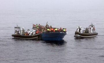 Χιλιάδες μετανάστες συρρέουν στις ακτές της Ισπανίας