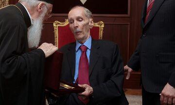 Kηδεία Κ. Αγγελόπουλου: Το «παρών» ο αδελφός του Θεόδωρος και τα παιδιά του Παναγιώτης και Γιώργος