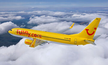 Αναγκαστική προσγείωση αεροπλάνου από τη Σαντορίνη