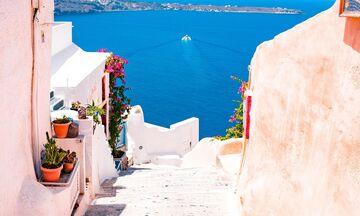 Ελλάδα: Από τα τέλη Ιουνίου οι αυξημένες ροές τουριστών