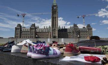 Καναδάς: Μαζικός τάφος παιδιών Ιθαγενών πυροδοτεί οργή και εκκλήσεις για ουσιαστικές δράσεις