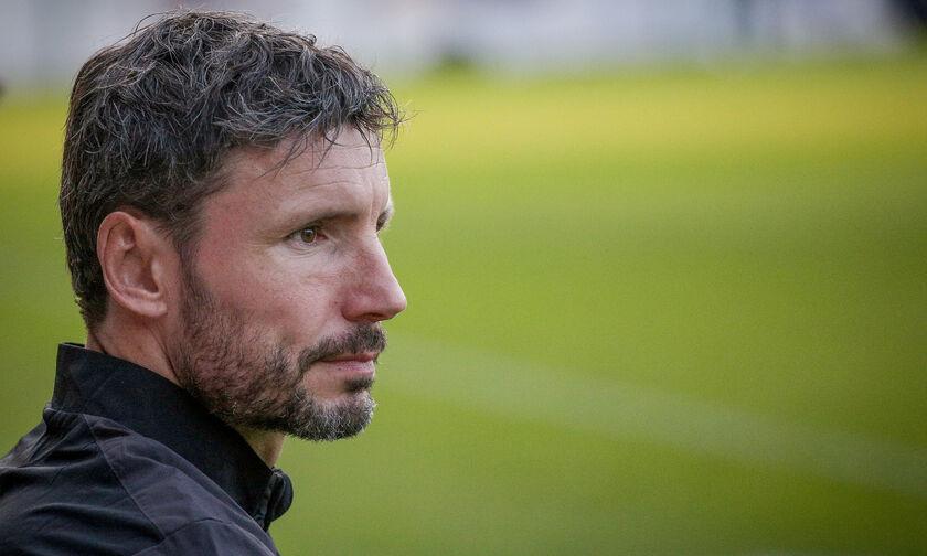 Βόλφσμπουργκ: Νέος προπονητής ο Φαν Μπόμελ