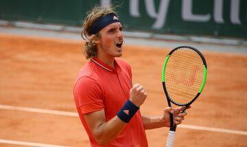 Roland Garros: Ακάθεκτος ο Τσιτσιπάς, 3-0 τον Μαρτίνεθ - Ακολουθεί ο Τζον Ίσνερ (vids, highlights)