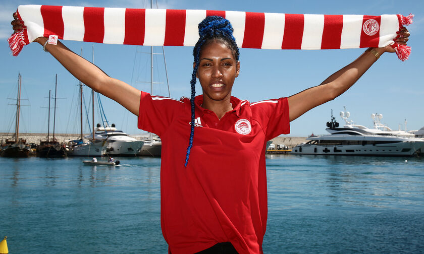 Μεταγραφή - «βόμβα» στο ελληνικό βόλεϊ: Η Κουβανή Βίλμα Σάλας στον Ολυμπιακό! (pics - vids)