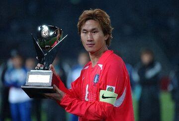 «Έφυγε» από τη ζωή ο ήρωας της Ν. Κορέας στο Μουντιάλ 2002, Γιου Σανγκ Τσουλ