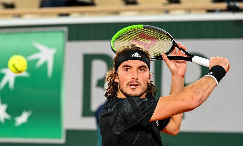 Τένις: Τι δίνουν οι «μπουκ»  στον αγώνα  Τσιτσιπάς-Μεντβέντεβ