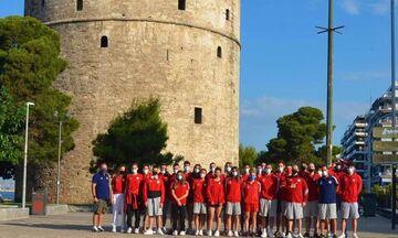 Ολυμπιακός: Η «ερυθρόλευκη» φωτογραφία των πρωταθλητών στον Λευκό Πύργο (vid)