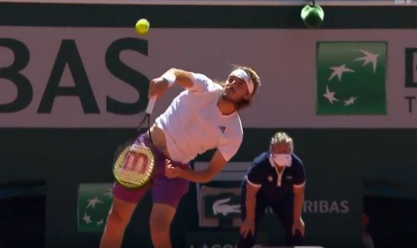 Roland Garros: Με τρεις σερί άσσους ξεκίνησε ο τρομερός Τσιτσιπάς (vid)