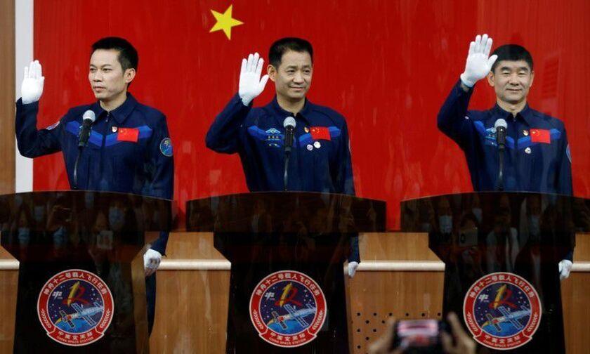 Η Κίνα θα στείλει επανδρωμένη αποστολή προς τον διαστημικό της σταθμό