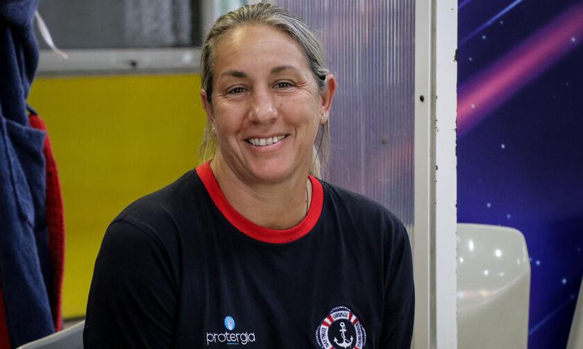 Καμμένου: «Ευλογία για τον Ολυμπιακό να έχει δύο τέτοιες φουνταριστές»