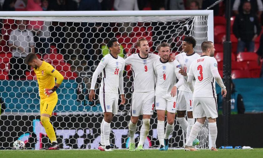 Τσεχία - Αγγλία 0-1: Η άμυνα και ο Στέρλινγκ - Πέρασε πρώτη η Αγγλία και τρίτη η Τσεχία (highlights)