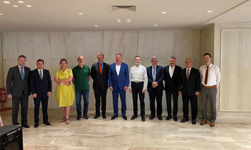 ΕΟΞ: Προεδρική συνάντηση συνεργασίας στην Αθήνα
