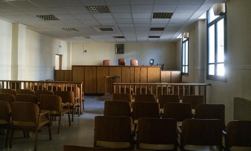 Κάθειρξη 9,5 ετών σε άνδρα που μαχαίρωσε περαστικό που του είπε να μην κακομεταχειρίζεται σκυλάκι