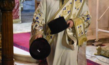 Μονή Πετράκη: Ιερέας έριξε βιτριόλι σε επτά Μητροπολίτες - Μεταφέρθηκαν στο «Λαϊκό»