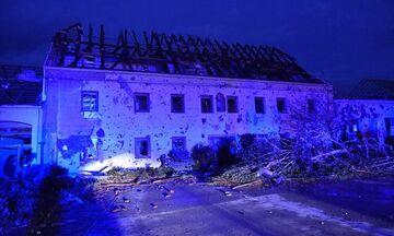 Τσεχία: Νεκροί, τραυματίες και εκτεταμένες καταστροφές μετά από ανεμοστρόβιλο