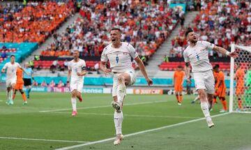 Ολλανδία – Τσεχία 0-2: Πανηγυρικά στους «8» οι Τσέχοι και βλέπουν Δανία (highlights)