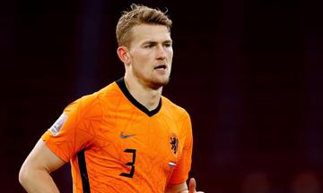 Euro 2020: Ματάις Ντε Λιχτ: «Εξαιτίας μου αποκλειστήκαμε...»