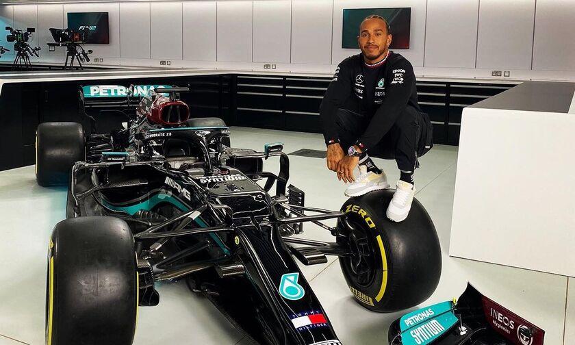 Mercedes: Ανανέωσε έως το 2023 ο Χάμιλτον