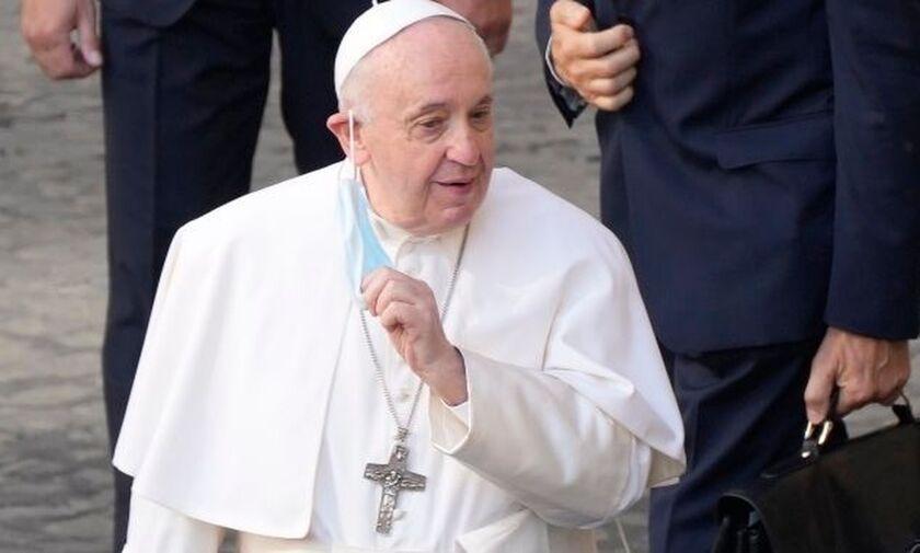 Βατικανό: Στο νοσοκομείο ο πάπας Φραγκίσκος