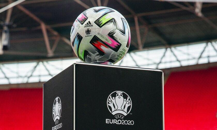 Uniforia: Η μπάλα ημιτελικών και τελικού του Euro 2020 με υδατογράφημα του Γουέμπλεϊ