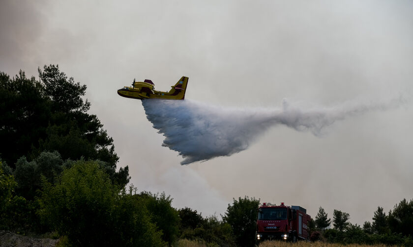 Κύπρος: Πυρκαγιά στο Πέρα Πεδί Λεμεσού