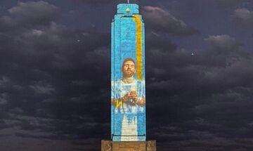 Ροσάριο: Η πόλη φωταγωγήθηκε στα χρώματα της Αργεντινής και τη μορφή του Λιονέλ Μέσι (pics))