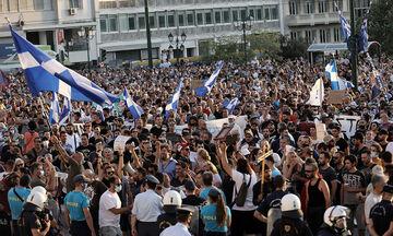Κορονοϊός: Συγκεντρώσεις αντιεμβολιαστών σε Αθήνα, Θεσσαλονίκη, Πάτρα και Ηράκλειο (vid)