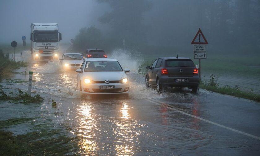Γερμανία: Κατέρρευσαν σπίτια λόγω ισχυρών βροχοπτώσεων - 30 αγνοούμενοι