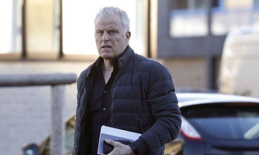 Ολλανδία: Κατέληξε ο δημοσιογράφος Πέτερ Ντε Βρις, που είχε δεχθεί πυροβολισμούς