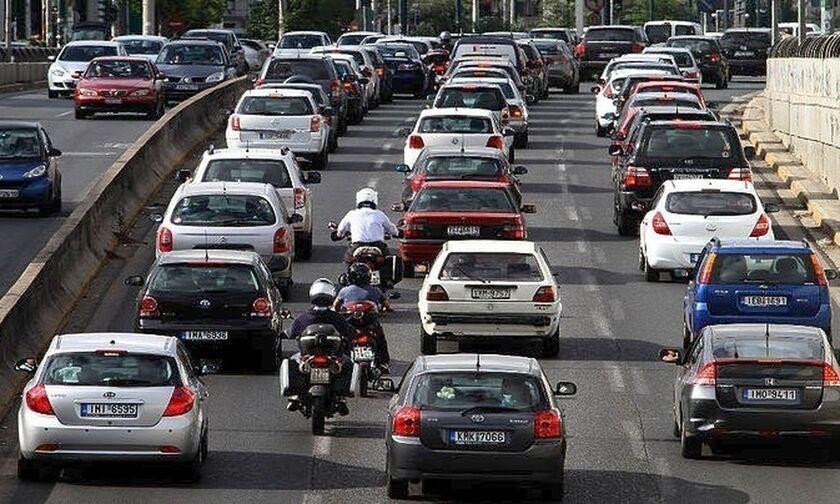 Αυξημένη κίνηση στον δρόμο προς Χαλκιδική