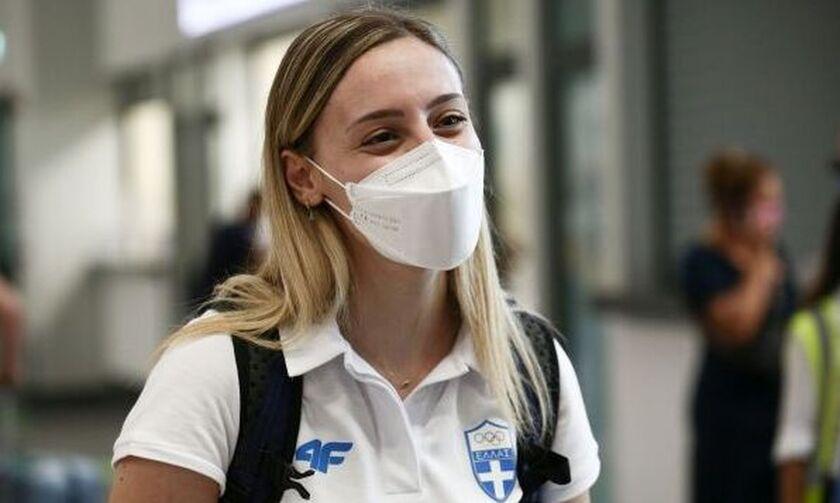 Πέταξε για Τόκιο η σημαιοφόρος της Ελληνικής αποστολής Άννα Κορακάκη!