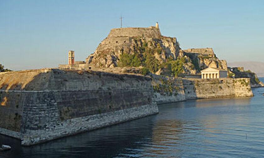 Κέρκυρα: Νεκρή από θανάσιμη πτώση δίπλα στο Παλιό Φρούριο της πόλης
