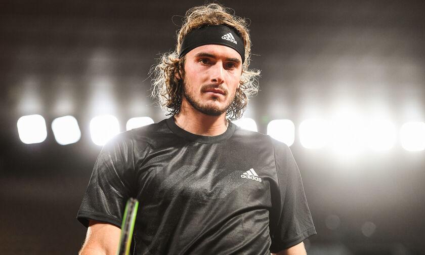 Τσιτσιπάς: «Είναι καιρός να επιτραπεί το coaching στο τένις»