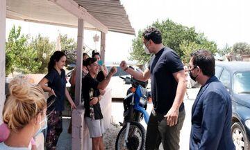 Κικίλιας: «Καλούμε τους Ρομά να εμβολιαστούν»