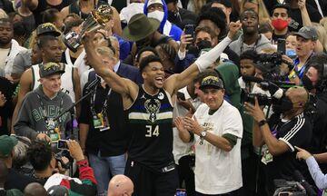 NBA Finals: Αποθέωσαν τον Γιάννη Αντετοκούνμπο οι ΛεΜπρόν, Κάρι και Τζόνσον!