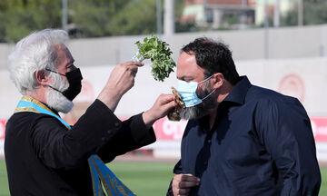 Μαρινάκης: «Να είστε προσεκτικοί με τον ιό»